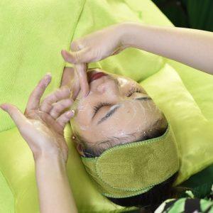 Chăm sóc da mặt uy tín Cần Thơ - Cấp ẩm phủ bóng | Lona Home Spa